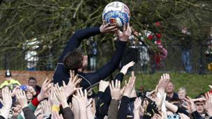 Shrovetide ball being caught