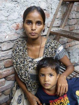 India's invisible widows, divorcees and single women - BBC News