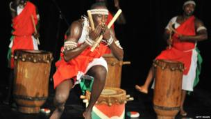 Drummers of Burundi play on 7 March at the French Institute in Abidjan, Getty Images