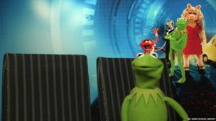 In Pictures: School Reporters interview the cast of Muppets