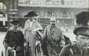 Wounded patients from King Edward VII's Hospital for Officers visit the Royal Mews in 1915