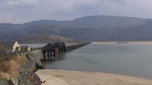 Peter Munt-Davies from St Ishmaels, Pembrokeshire took this picture of the view of Barmouth