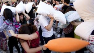 Pillow fight in Valencia