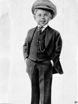 Child star Mickey Rooney poses for a promotional photo at age five in this photo dated about 1925