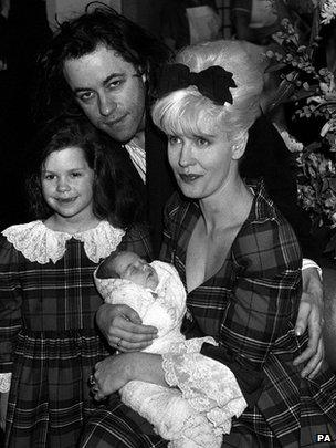 Peaches Geldof with sister Fifi Trixibelle and parents Bob Geldof and Paula Yates