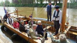 Dignitaries on the Trow
