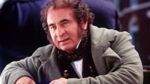 Bob Hoskins in David Copperfield