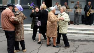 Locals celebrate May Day in the eastern Ukrainian city of Slavyansk