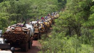 A convoy of Muslims being escorted by African Union peacekeepers in CAR - Monday 28 April 2014