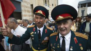 World War Two veterans attend a ceremony in Jerusalem marking the anniversary of the victory of the Allies over Nazi Germany - 8 May 2014