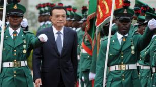 Chinese Premier Li Keqiang inspects a guard of honour in Abuja, Nigeria - Wednesday 7 May 2014