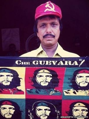 A Communist Party of India (Marxist) cadre with Che Guevara scarf.