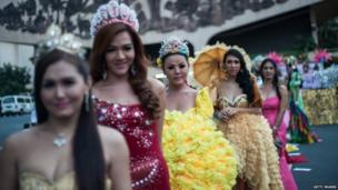 Transexuals participate in a parade to celebrate the ninth International Day Against Homophobia And Transphobia in Manila, Philippines (18 May 2014)