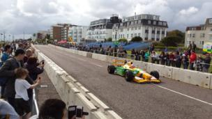 Classic Formula 1 cars on East Cliff