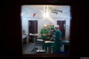 Surgery in Bossangoa Hospital, CAR
