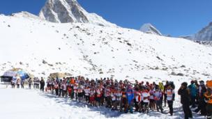 The start line of the Mount Everest Marathon.