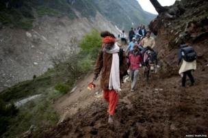 Until last year, to reach Kedarnath from the village of Gaurikund, pilgrims would trek for 14 kilometres along a footpath, but that was washed away in the floods. Now pilgrims have to trek more than 20 km.