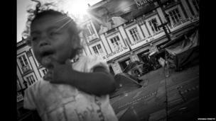 A child on Plaza Bolivar