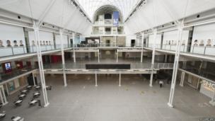 Empty imperial War Museum atrium
