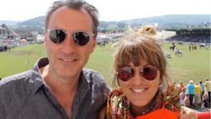 Jonathan Nefydd (Colin) a Tara Bethan (Angela) yn dechrau dathliadau swyddogol Pobol y Cwm yn 40 ar faes y Sioe. //Jonathan Nefydd and Tara Bethan from popular soap Pobol y Cwm launched the show's 40th birthday celebrations today.