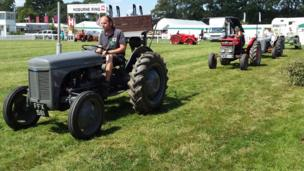 Classic and vintage tractors