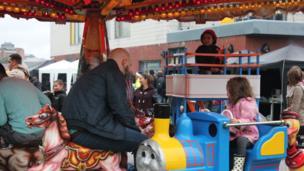 Ffair y carnifal // Carnival fair