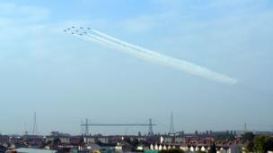 Red Arrows over Newport Transporter Bridge