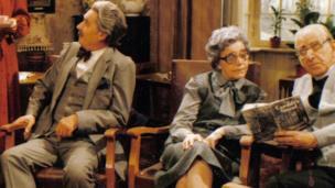 Mr. Tushingham, Mrs. Owen, Y Parch. T.L. Tomos