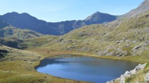 Mount Snowdon from the Miners' Track