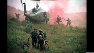Milwyr Americanaidd yng Ngwm Ashau // 1st Cavalry Division troops near the Ashau Valley. 1968
