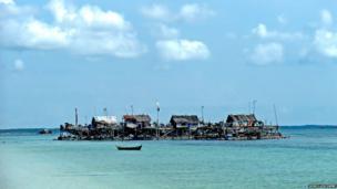 Kelongs, an offshore platorm