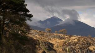 Snowdon from above Aberglaslyn Hall descending from Bryn Banog taken by Pete Whitehead of Y Felinheli, Gwynedd
