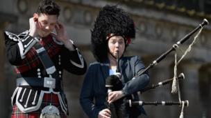 Ruth Davidson plays the bagpipes in Edinburgh