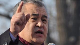 Өмүрбек Текебаев ага козголгон кылмыш ишин саясий куугунтук деп эсептейт