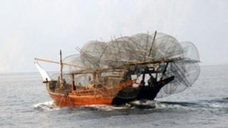 ایران میگوید ماهیگیر کشته شده از ناحیه کمر هدف قرار گرفته است