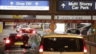 Terminal 1 traffic