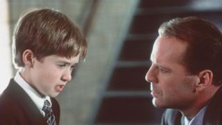 Adegan dari The Sixth Sense