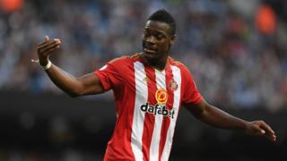 L'international ivoirien a disputé 18 matches la saison dernière avec Sunderland et 3 cette saison.