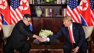 El líder norcoreano Kim Jong-un y Kim Jong-un.