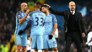 Josep Guardiola và Manchester City đành chia điểm với Tottenham Hotspur