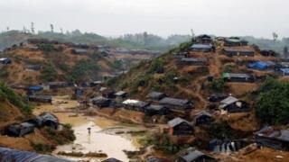 صدها هزار روهینگیایی به بنگلادش فرار کردهاند