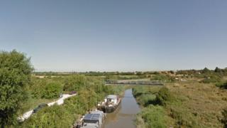 Sandwich River Stour search resumes for boy aged 6