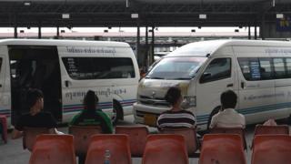 บรรยากาศบริเวณชานชาลาที่สถานีขนส่งหมอชิต 2