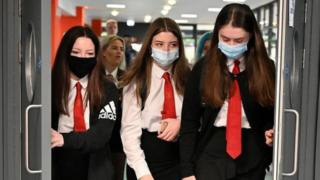 School pupils in masks in Glasgow.