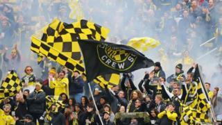 Crew fans