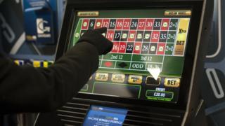 Betting maching