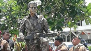Statue of Sergeant Labalaba