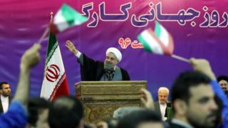 حسن روحانی در مراسم روز جهانی کارگر در مقبره آیت الله روح الله خمینی
