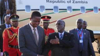 Rais Edgar Lungu wa Zambia na mwenzake wa Tanzania Pombe Magufuli