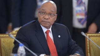 Le président Zuma et le Roi Mohammed VI ont eu des entretiens en marge du sommet UA-UE à Abidjan